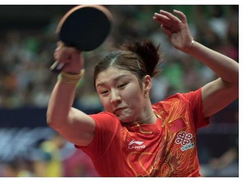 七连冠在望!亚锦赛女乒横扫新加坡进决赛,刘诗雯教王曼昱随便打
