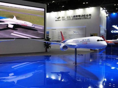中国商飞:未来20年中国航空运输市场将接收9200余架飞机