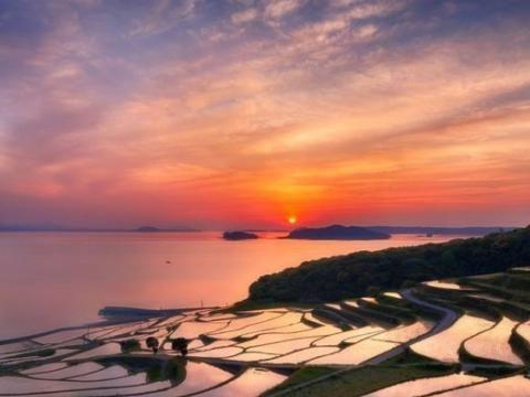 """微软发布适用于Windows 10的""""日本风景""""免费壁纸包"""