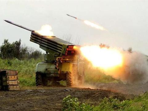 以色列拉响火箭弹来袭警报!进行紧急撤退,无人机坠毁加沙地带