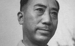 他曾是戴笠手下,任务失败被辞退,逃到香港后生了一儿子人人皆知