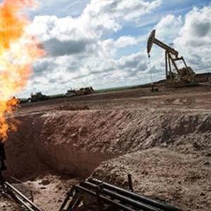 原油价格高位运行,民生日益艰苦,三大疑点指向操盘手美国