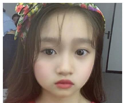 当爱豆变成7岁后,一眼认出鹿晗蔡徐坤,请问哪个是朱一龙?