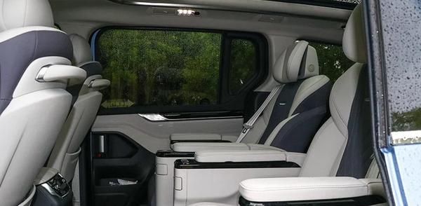 20万就能到手自主豪华MPV,上汽MAXUS G20,内容丰富让你手软