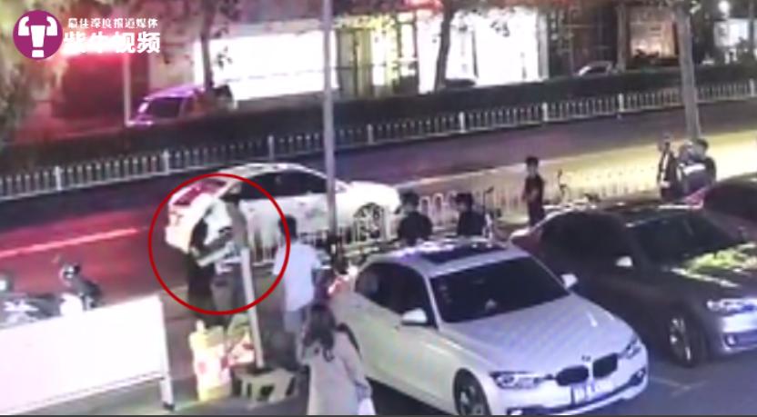 【紫牛新闻】制止恶男对女子施暴被砍六刀,南京小伙担心疤痕影响参军