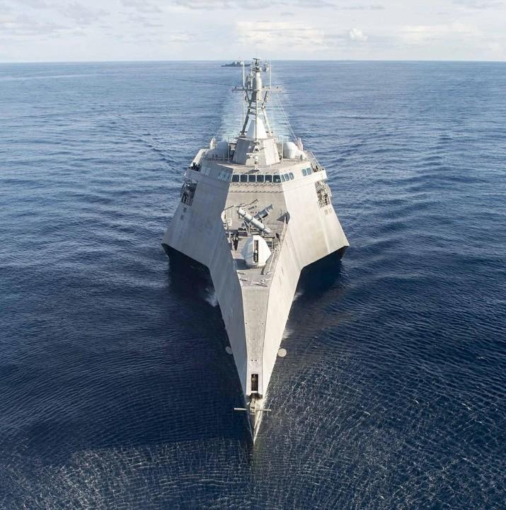 美国想以一军舰在南海取代伯克级驱逐舰,是谁?