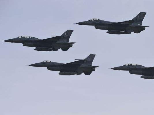印度米格21折翼,巴铁F16立大功,原来围歼枭龙只是友情助攻