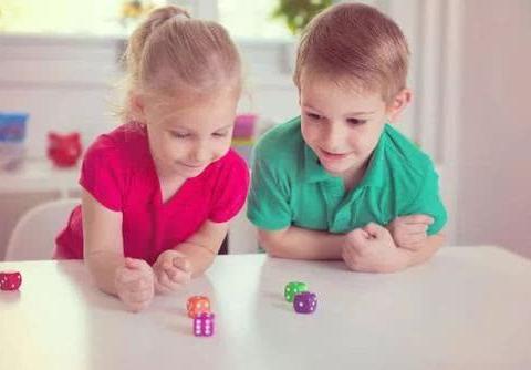 将来不会被社会淘汰的孩子,往往都有这四个特征,你家孩子有吗?