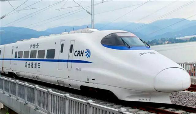 世界上最大的火车站,相当于26个天安门广场,就在中国这座城市