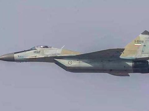 美国抗议无效!俄货轮紧急卸下大量导弹,伊朗局势迎来空前逆转