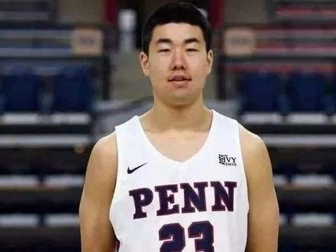 打过NCAA的中国人!辽宁小将入选国家队引争议,王泉泽创造历史