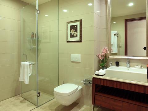 洗手间就像鱼塘,全家骂我装修有问题,后悔没做好防水!