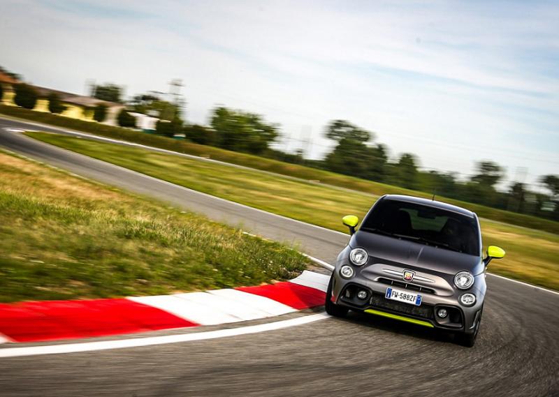 性能提升/赛道而生 2020款Abarth 595 Pista车型官图发布