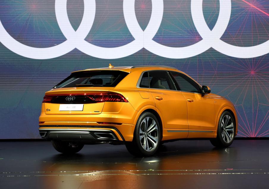 奥迪新旗舰型SUV,宝马X6、奔驰GLEcoupe新对手,奥迪Q8了解下