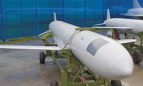 俄军导弹已抵达港口卸货,美国立即撤出航母群