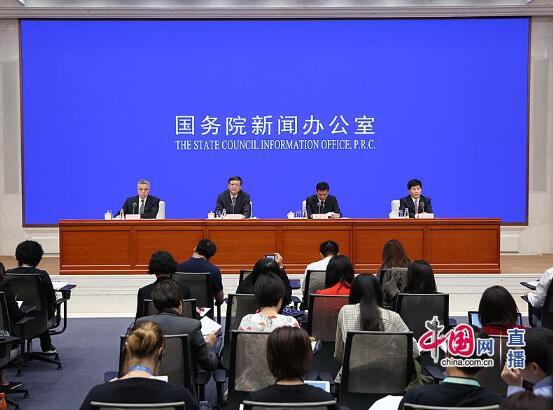 """""""数读""""北京70年""""成绩单"""":地区生产总值提至3万多亿"""