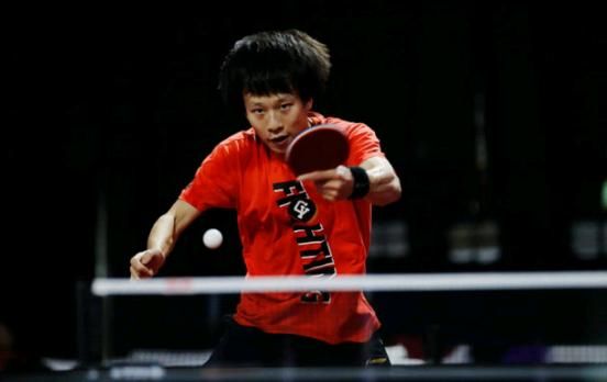 国乒男单5将晋级16强!许昕樊振东速胜,张本智和11-1狂虐对手