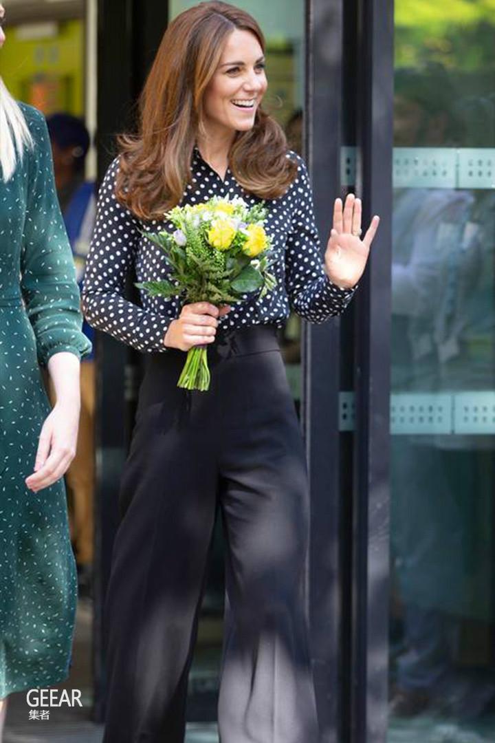 凯特王妃果然懂节俭!Zara的阔腿裤竟然也穿出了大牌感!