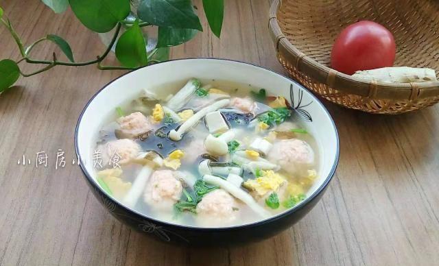 花二十多元做碗汤,汤里食材一个比一个鲜,哪里还用得上味精