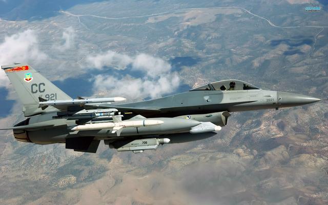 比F35战斗机还长得丑,试飞员开一次,就发誓再也不驾驶这种飞机