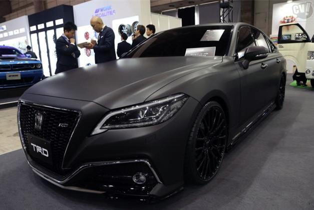 新增2.5L发动机+电机混动系统 丰田皇冠新款亮相