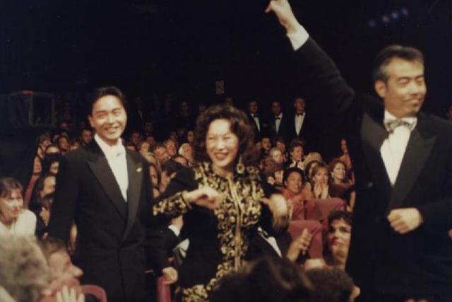 陈凯歌当年为什么娶了陈红而不是倪萍?
