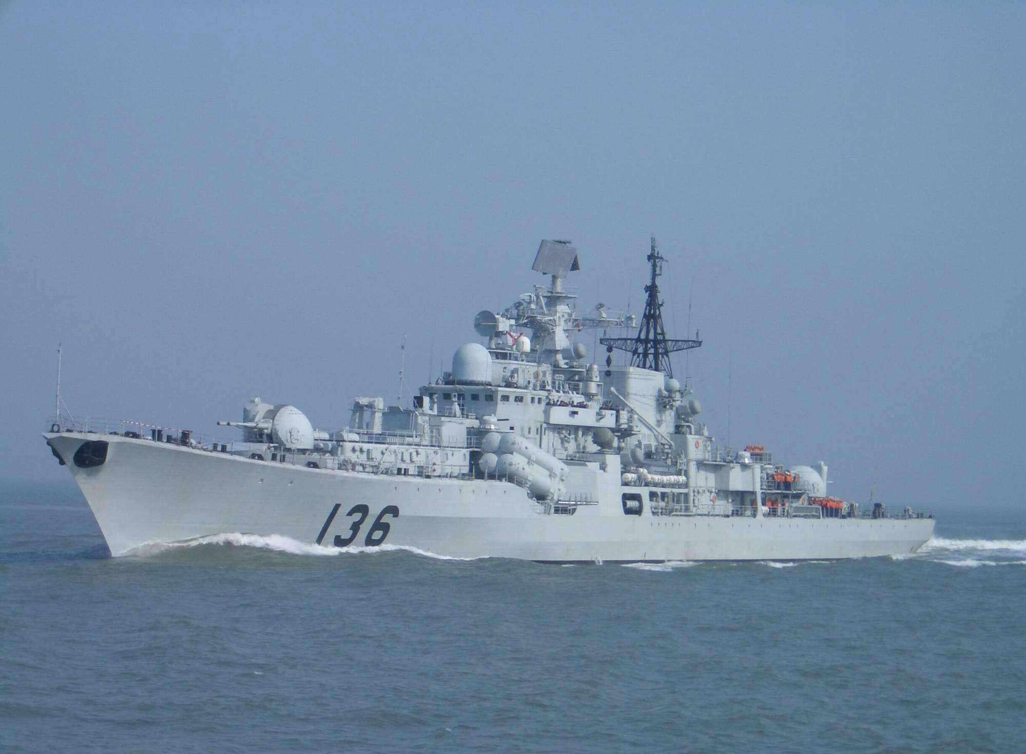 """杭州舰""""浴火重生""""!堪称世界最强现代级,作战能力接近主力舰"""