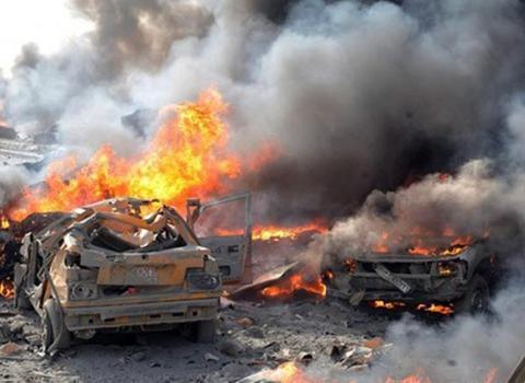 叙军补给车队遭炸弹袭击,十多辆卡车化为火球,俄竟下令不准报复