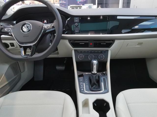 家轿出行新方式,朗逸纯电继续引领节能减排新风尚