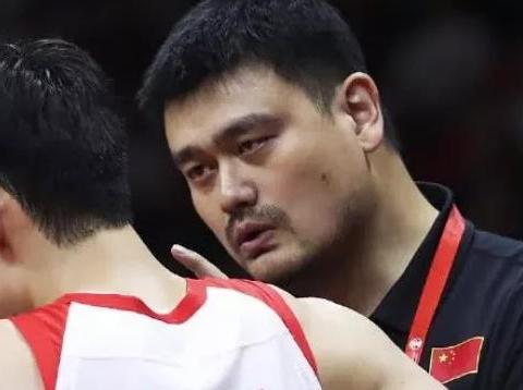 中国篮球迎利好,上级领导辟谣李楠辞职,用36个字助大姚稳定军心