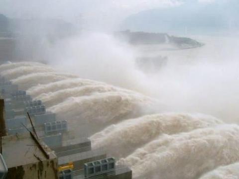"""全球""""最大""""的发电站,总投资954.6亿万,发电量超2万兆瓦"""