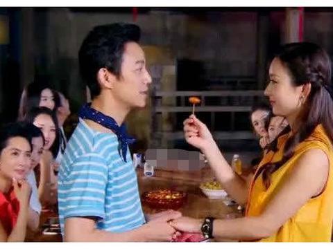 赵丽颖结婚产子复出,何炅为啥都不送祝福?两人绯闻咋传出来的?