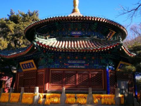"""中国最""""牛""""寺庙,武警站岗24小时看护,地位比少林寺还高"""