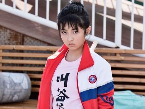 本以为张子枫只是甜美可爱,直到看到她成熟的写真,太惊艳!