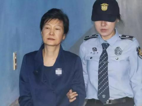 朴槿惠喜得佳音,手术成功了,又有资本耗下去!