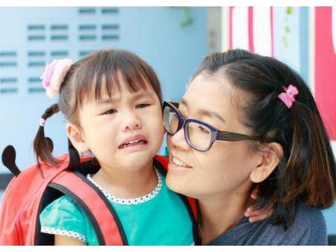 """幼师最怕哭的孩子?错!班主任坦言:真正惧怕的是""""不哭""""的孩子"""