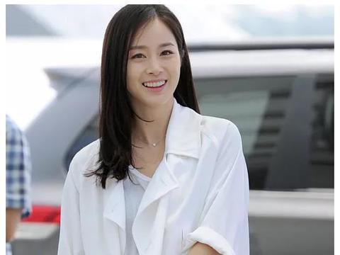 """击败宋慧乔,成为""""韩国最爱的天然美人"""",39岁的她有什么魅力?"""