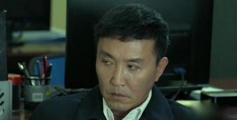 人民的名义:他得罪赵立春却能官居副部级,看眼神,看表情就懂了