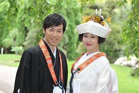日本娱乐圈性感女神,曾有婚礼珠宝公主称号,结婚生女后生活低调