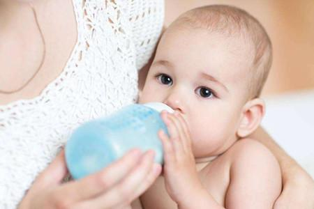 冬季给宝宝喂奶必备的温奶技巧及注意事项,妈妈们的必学点!