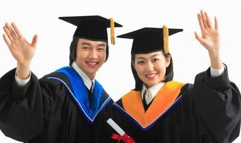 31岁985博士毕业,能去做大学老师吗?不要过分自信