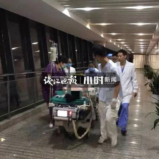 21岁男生深夜躺床上刷手机,突然心跳呼吸全没了!ICU里他含泪说了一句话