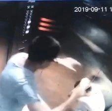 怒了!男子电梯内暴打12岁男孩,整个施暴过程持续20多秒!