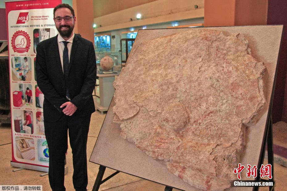 法专家修复3件苏丹文物 包含一块3500年前墙壁浮雕法专家修复3件苏丹文物 包含一块3500年前墙壁浮雕