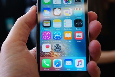 手机电池技术为何停滞不前?只因这些原因,看完长知识