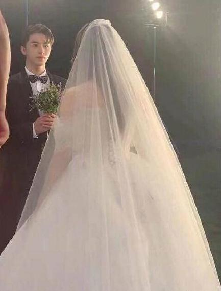 中国版《浪漫满屋》婚礼路透,杨超越穿婚纱能否超越乔妹?