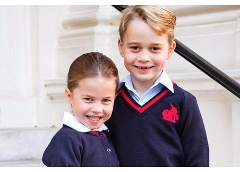 乔治与夏洛特开学当天,他们的妈妈凯特并不是学校焦点而另有其人