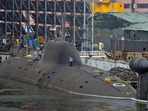 携带12枚核导弹!印度最新战略核潜艇曝光,欲跻身世界一流