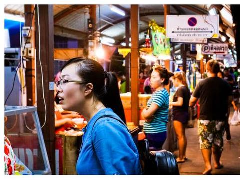 亚洲最热门的旅游国家,年接待游客上千万,靠中国游客收入上千亿