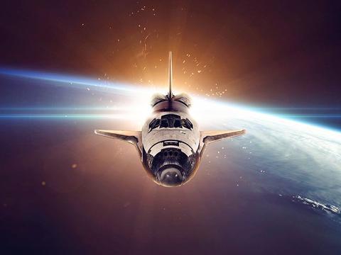 如果有人以亚光速飞行1年再返回,地球上的时间会过去多久?